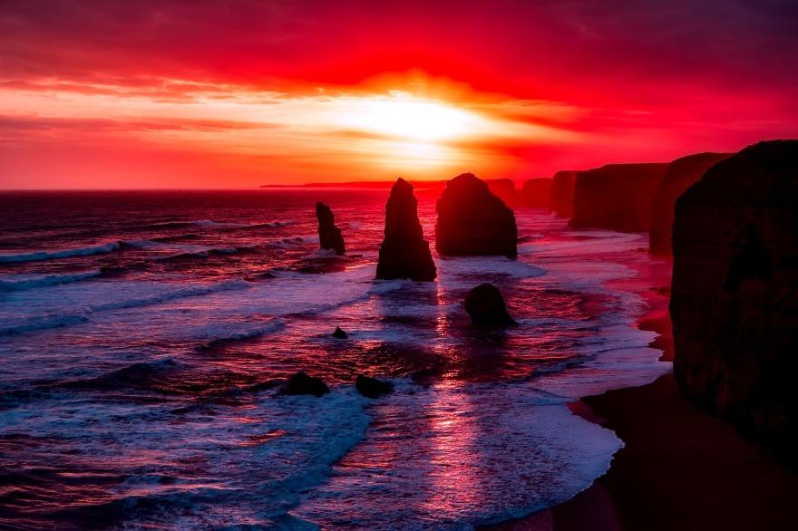 twelve-apostles-2372379_1280